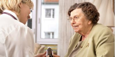 How to Pick the Right Nursing Home for Your Loved One Image