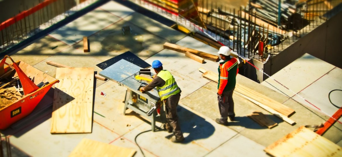 5 Reasons to Hire a Workers' Compensation Lawyer Image